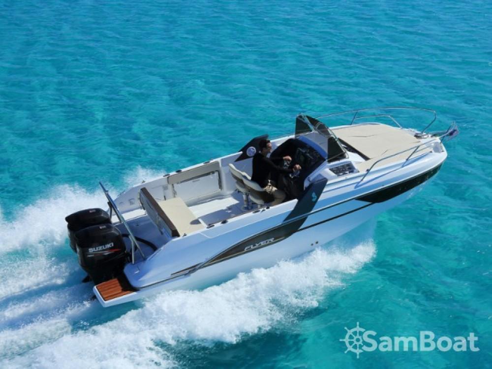Location bateau Bénéteau Flyer 7.7 SUNdeck à ACI Marina Trogir sur Samboat