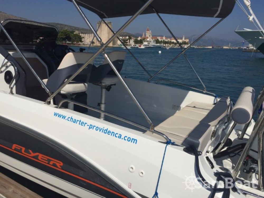 Motor boat for rent ACI Marina Trogir at the best price