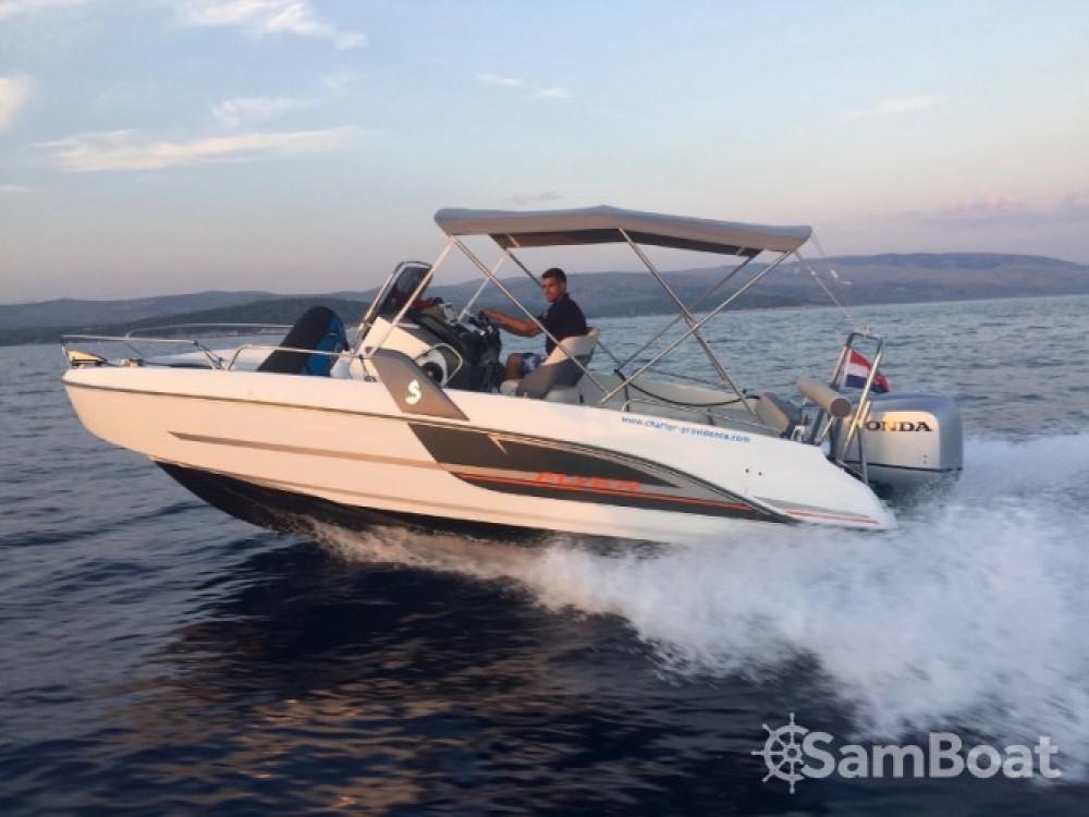 Bootsverleih ACI Marina Trogir günstig Beneteau Flyer 6.6 Space Deck