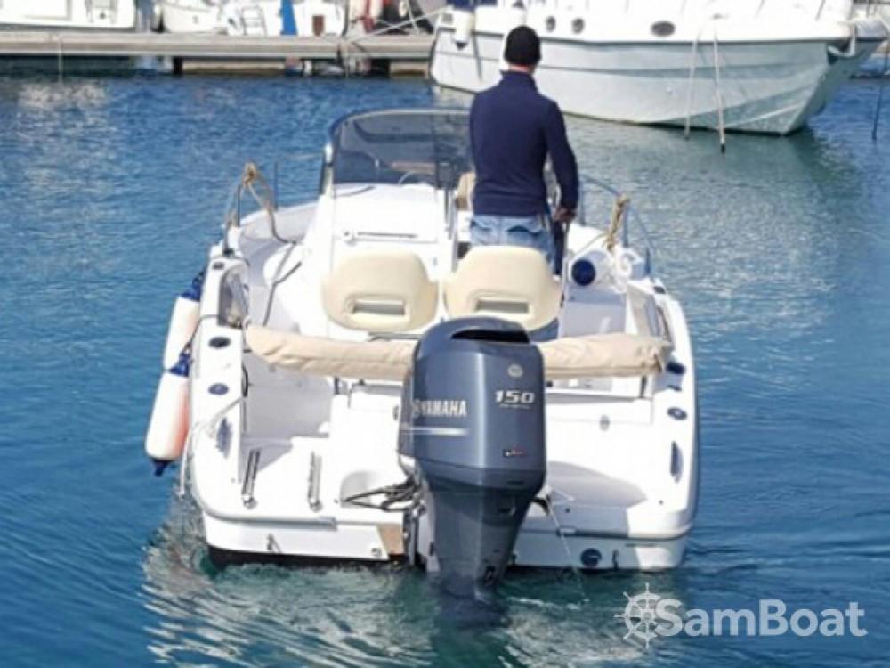 Location bateau ACI Marina Trogir pas cher Sessa Marine