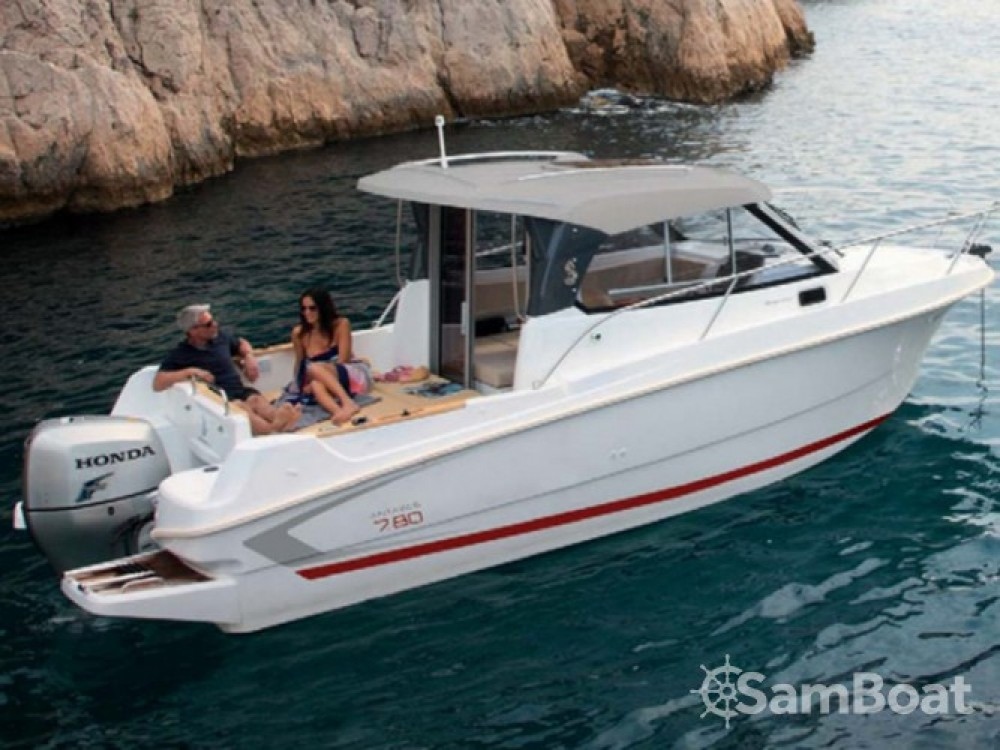 Segelboot mieten in ACI Marina Trogir zum besten Preis