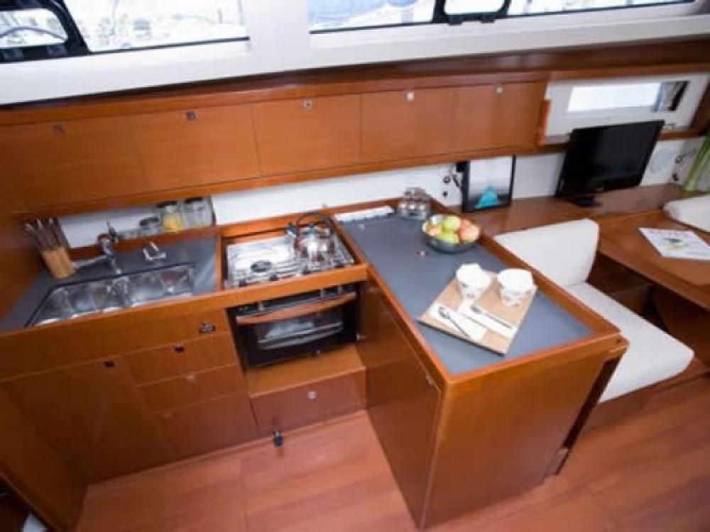 Location yacht à Μαρίνα Αλίμου - Bénéteau Oceanis 41 sur SamBoat