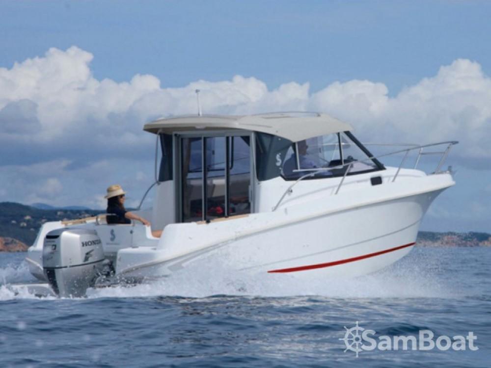 Bootsverleih Bénéteau Beneteau Antares 7.80 ACI Marina Trogir Samboat