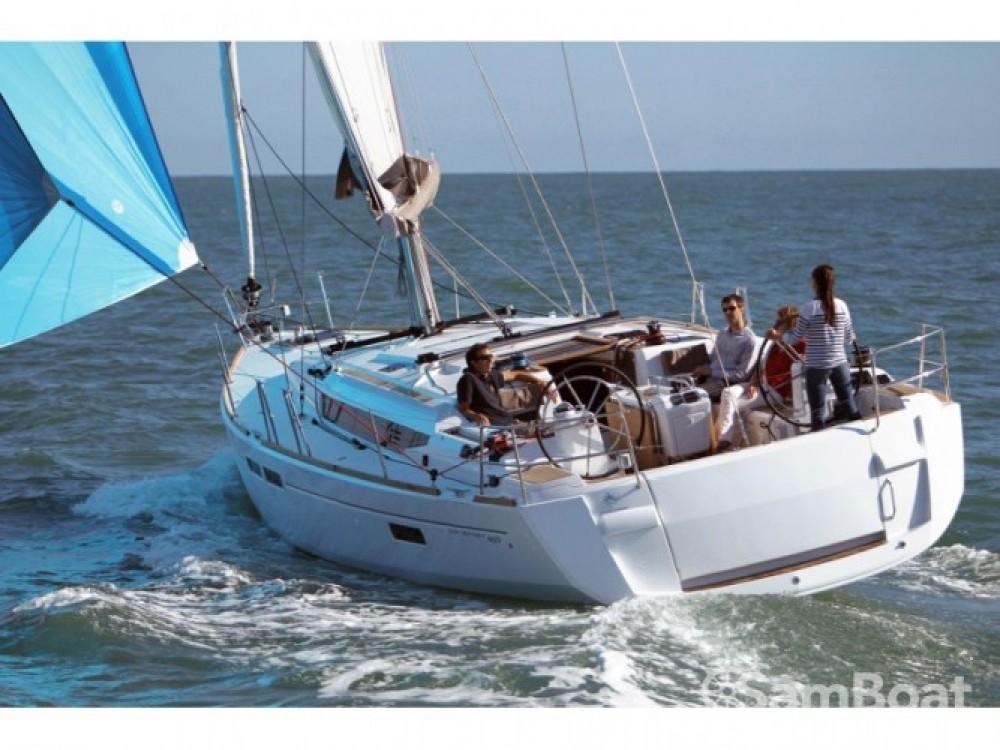 Jeanneau Sun Odyssey 469 entre particuliers et professionnel à Marina de Alimos