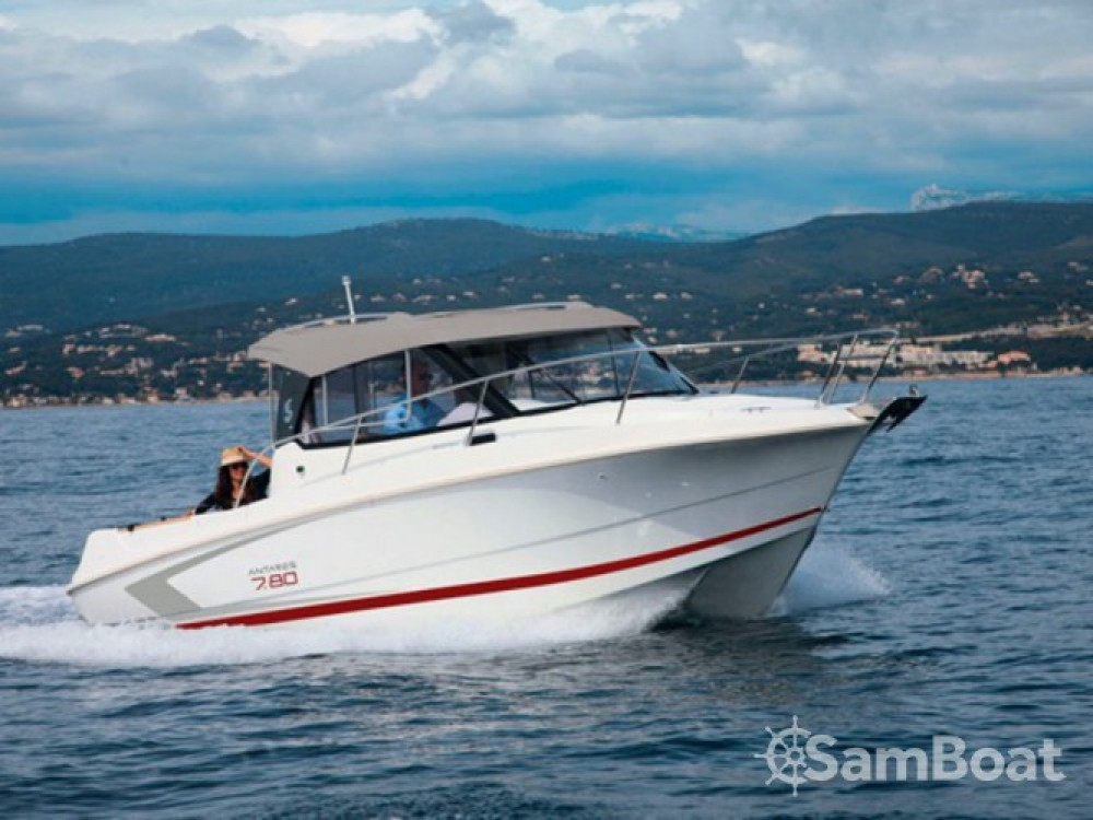 Boat rental Bénéteau Antares 7.80 in ACI Marina Trogir on Samboat