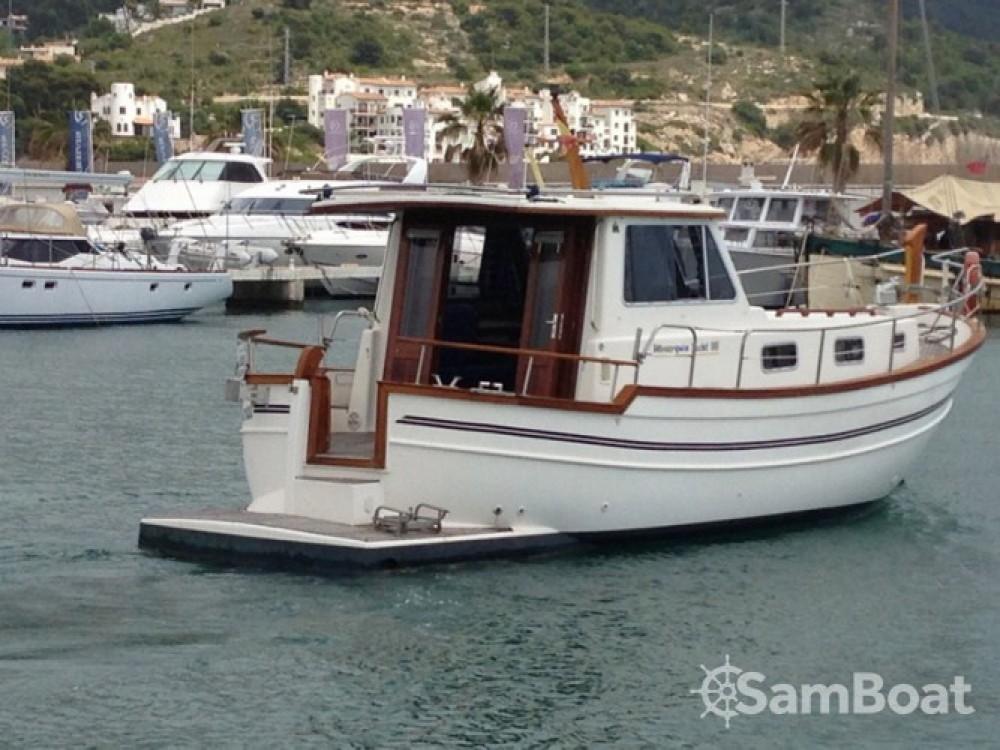 Huur Motorboot met of zonder schipper  in Port esportiu d'Aiguadolç