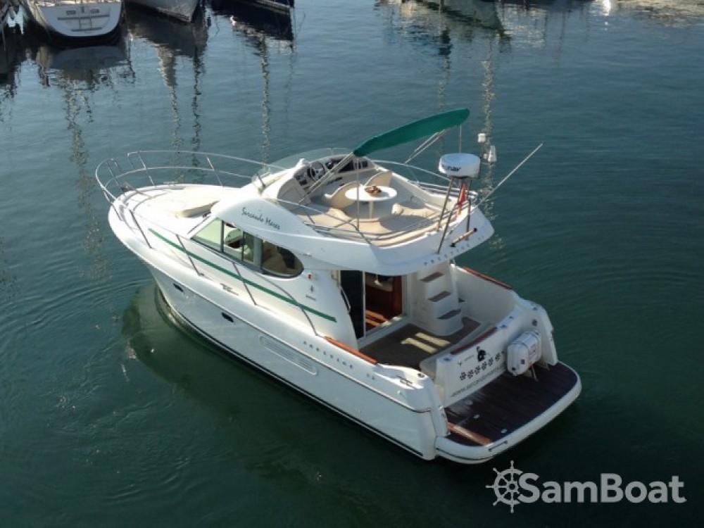 Location bateau Jeanneau Prestige 32 à Port esportiu d'Aiguadolç sur Samboat