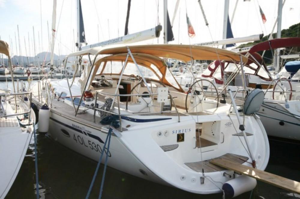 Location bateau Bavaria Bavaria 50 Cr à Cala dei Sardi sur Samboat