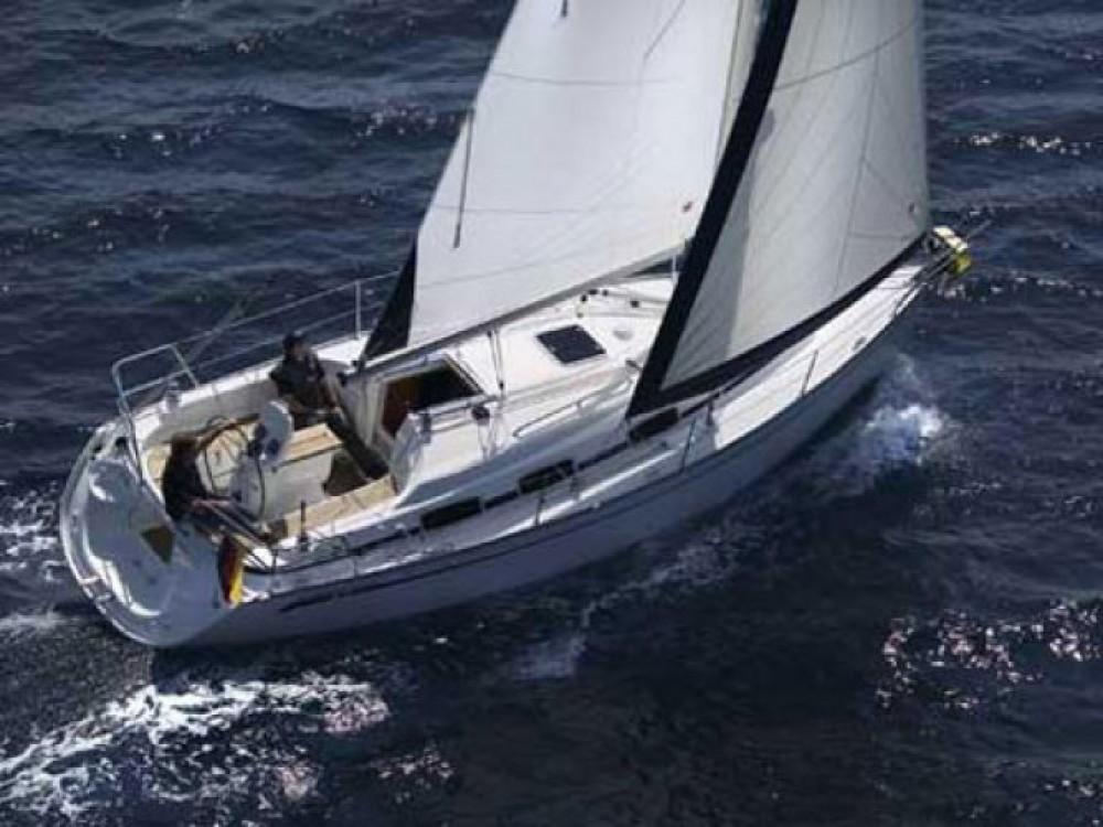 Louez un Bavaria Cruiser 31 à Cala dei Sardi