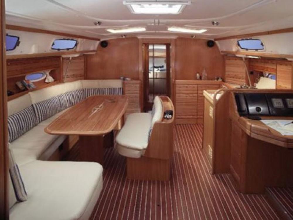 Location bateau Cala dei Sardi pas cher Bavaria 50 Cr