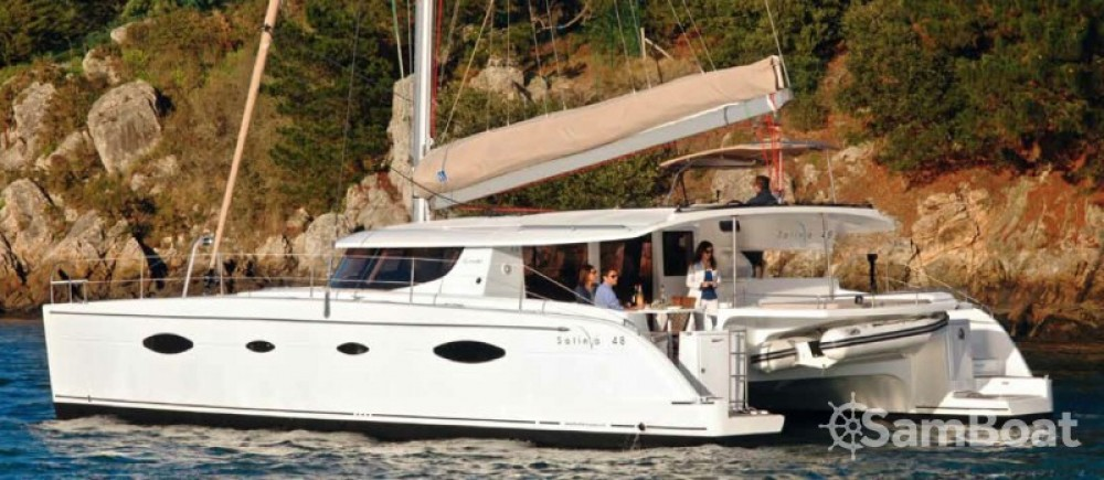 Location yacht à Cala dei Sardi - Fountaine Pajot Salina 48 sur SamBoat