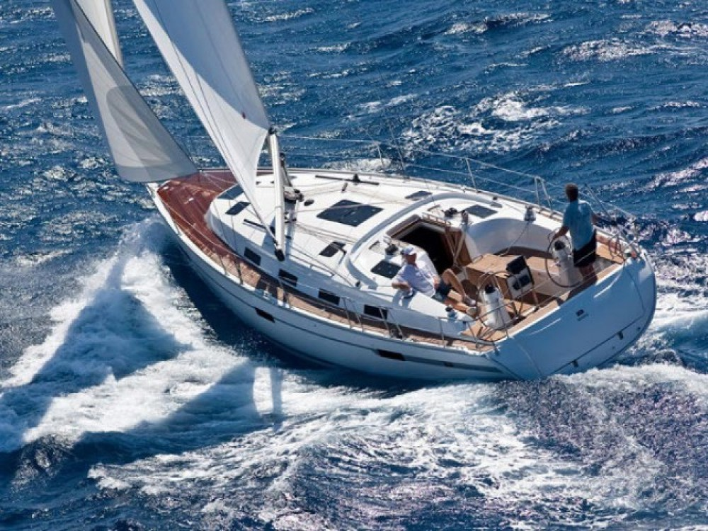 Bavaria Bavaria Cruiser 40 entre particuliers et professionnel à Marina Gouvia