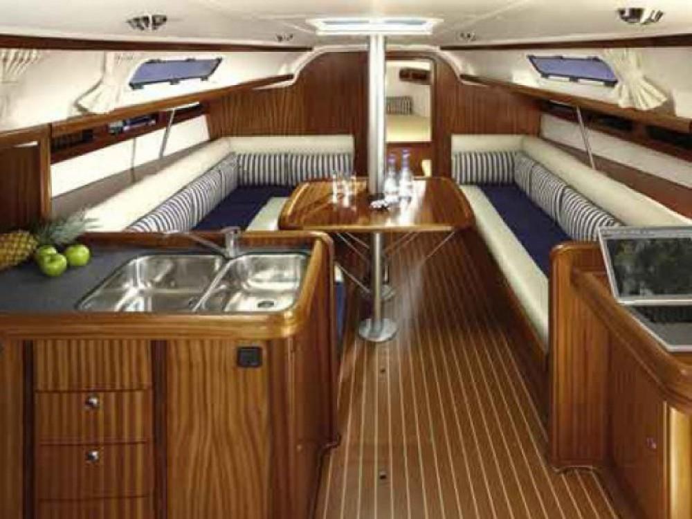Location bateau Bavaria Cruiser 38 à Marina Gouvia sur Samboat
