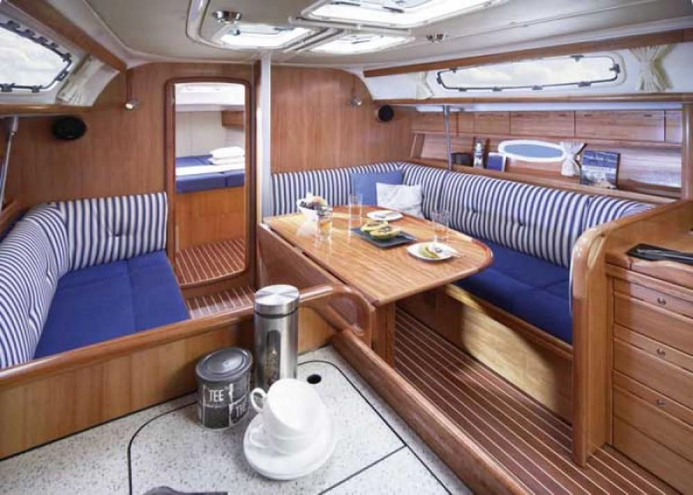 Location bateau Marina Gouvia pas cher Cruiser 38