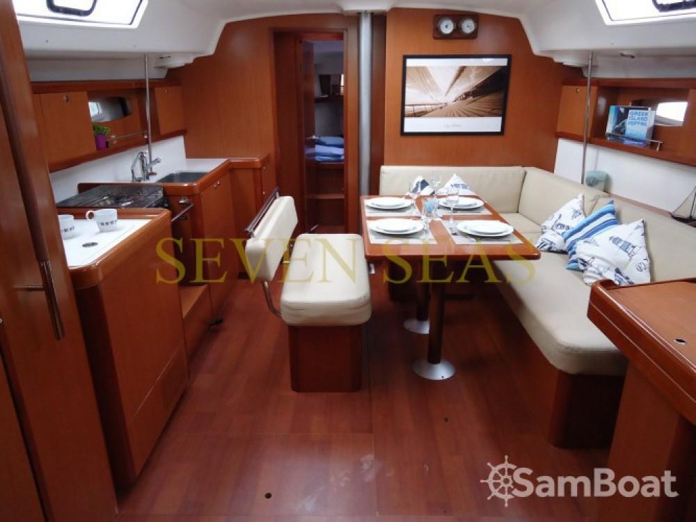 Location bateau Bénéteau Oceanis 43 à Μαρίνα Αλίμου sur Samboat