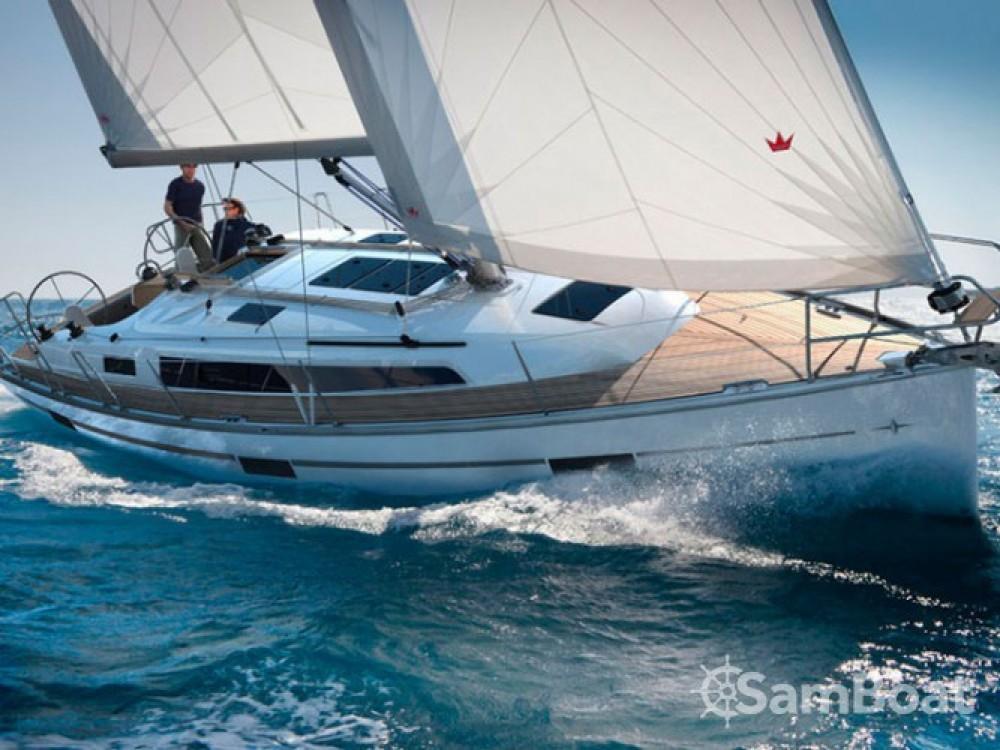 Location bateau Marina de Alimos pas cher Bavaria Cruiser 37