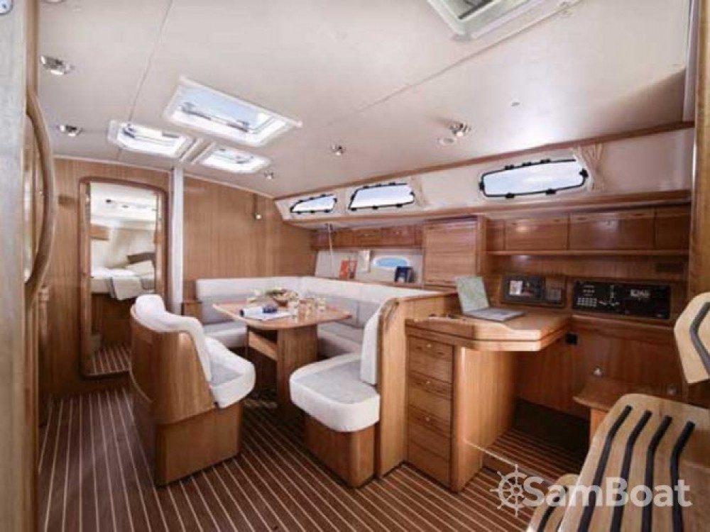 Louez un Bavaria Cruiser 40 à Μαρίνα Αλίμου