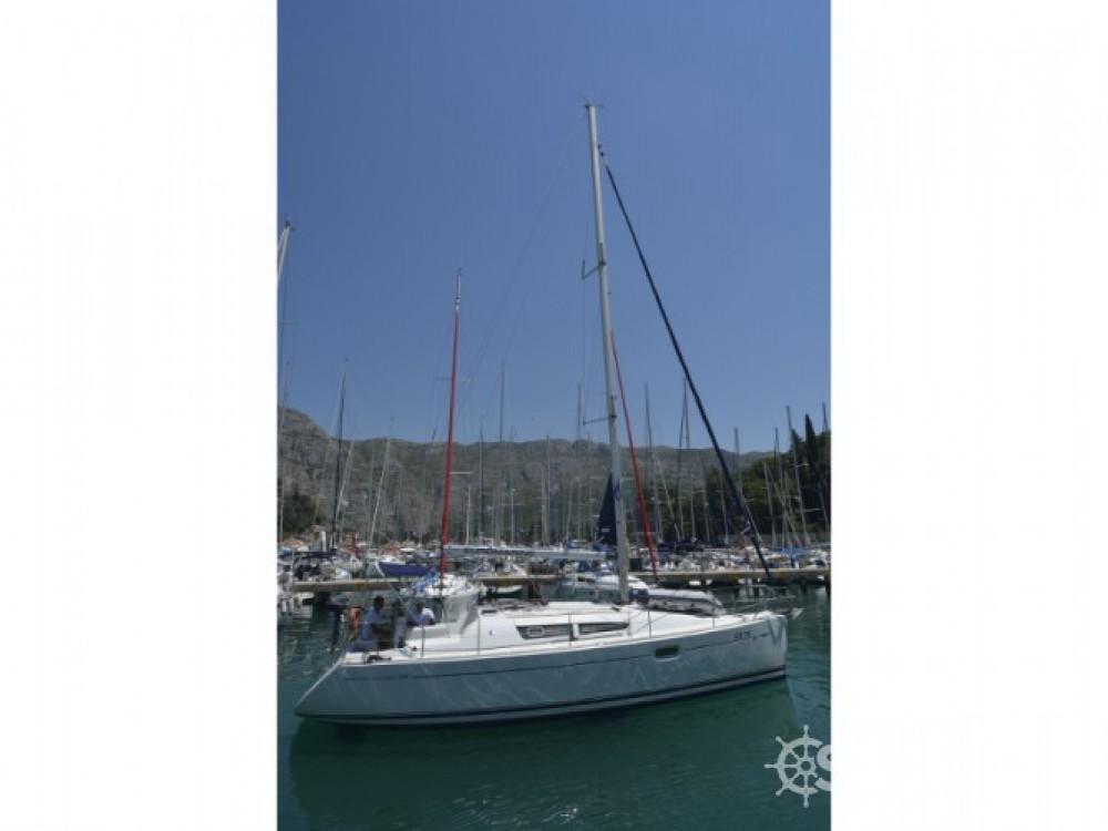 Jeanneau Sun Odyssey 36i entre particuliers et professionnel à ACI Marina Dubrovnik