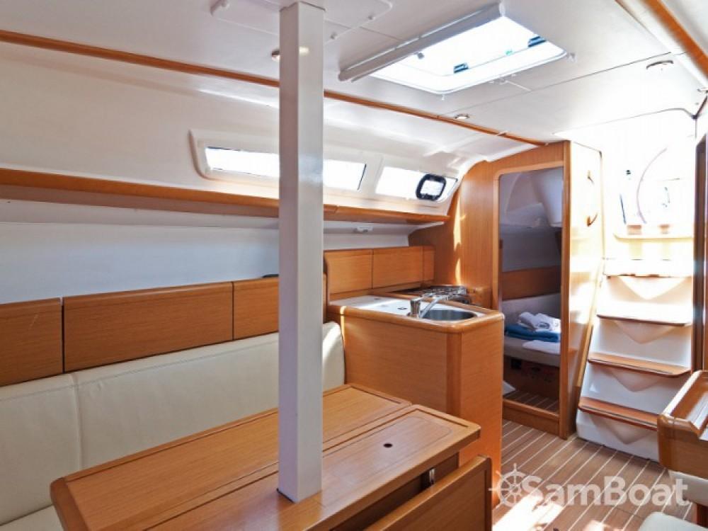 Louez un Jeanneau Sun Odyssey 33i à ACI Marina Split