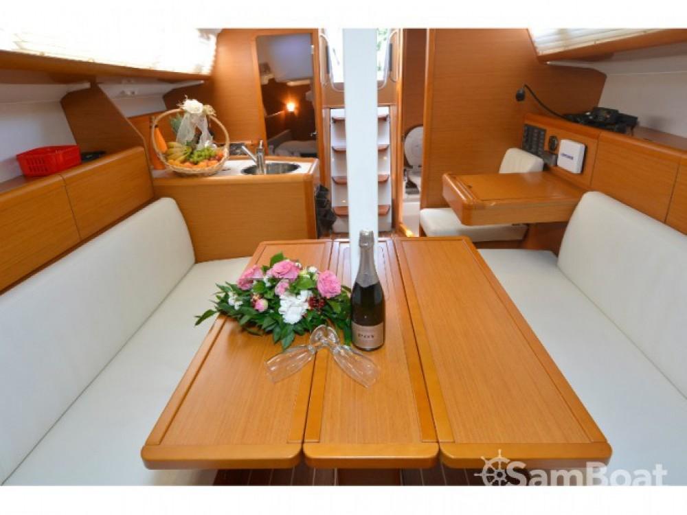 Location bateau ACI Marina Dubrovnik pas cher Sun Odyssey 33i