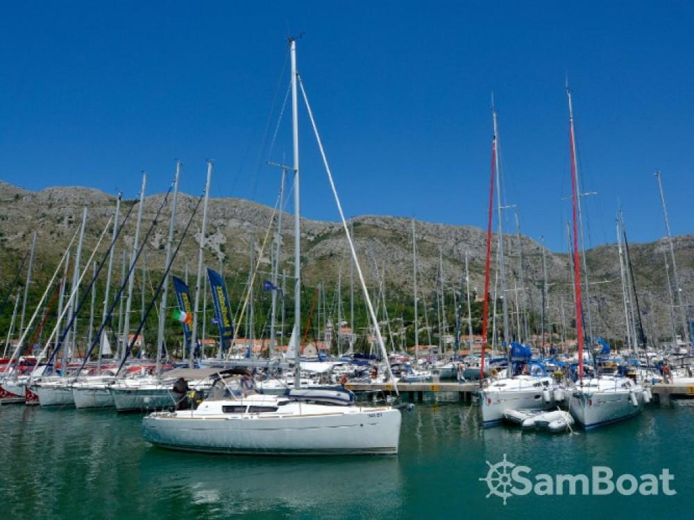 Louez un Jeanneau Sun Odyssey 33i à ACI Marina Dubrovnik