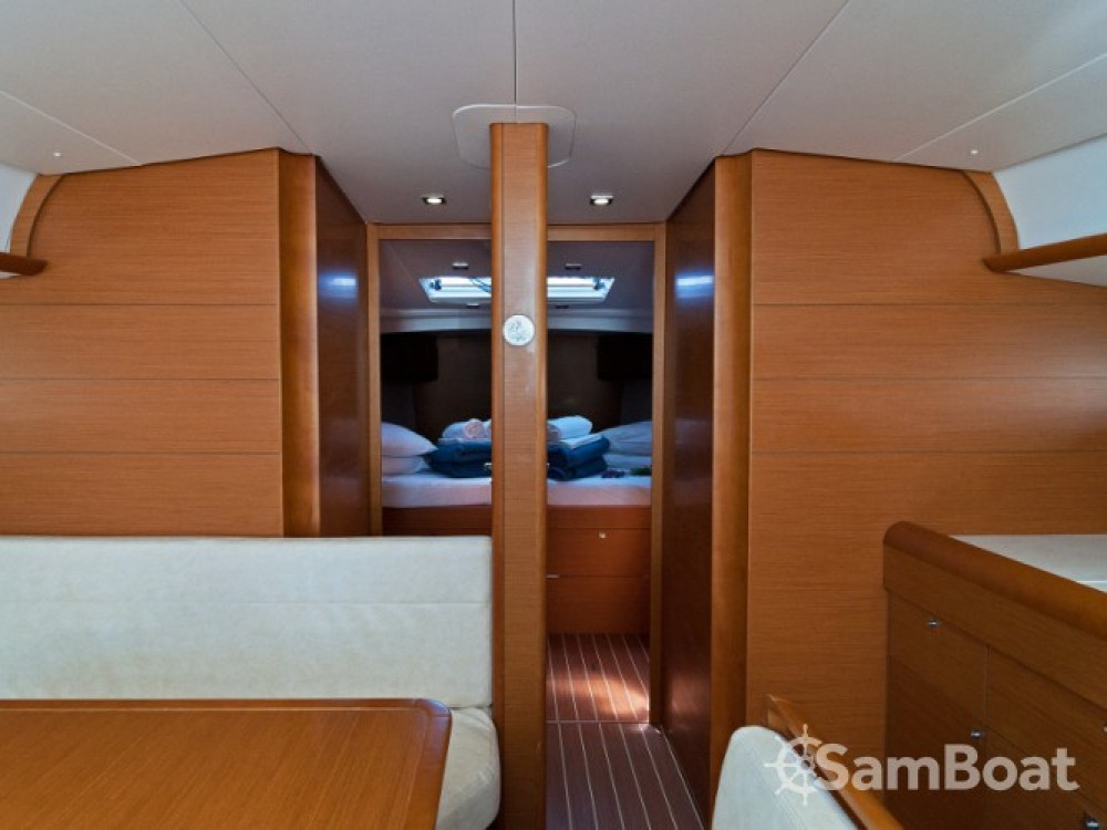 Jeanneau Sun Odyssey 509 entre particuliers et professionnel à ACI Marina Split