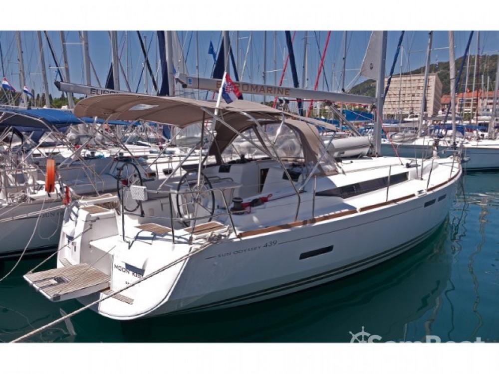Location bateau Jeanneau Sun Odyssey 439 à ACI Marina Split sur Samboat
