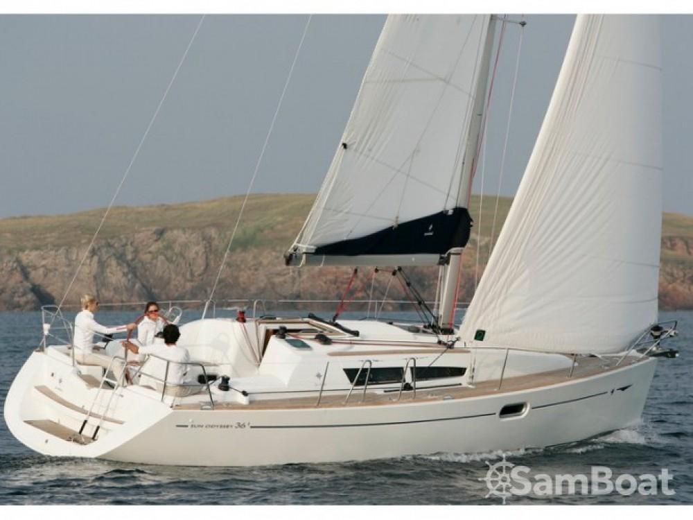 Location bateau Jeanneau Sun Odyssey 36i à ACI Marina Split sur Samboat
