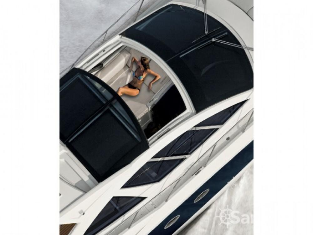 Louer Bateau à moteur avec ou sans skipper Azimut à Sibenik