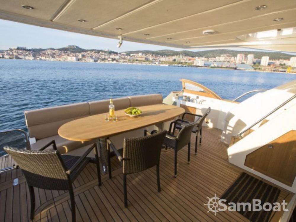 Location bateau Sibenik pas cher Abacus 70