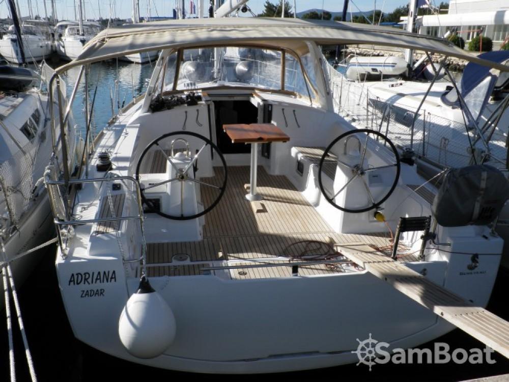Location yacht à Sukošan - Bénéteau Oceanis 38 sur SamBoat