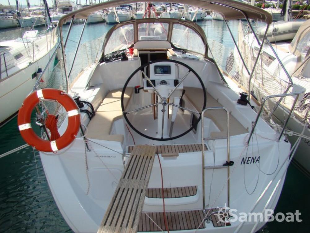 Location bateau Jeanneau Sun Odyssey 33i à Sukošan sur Samboat