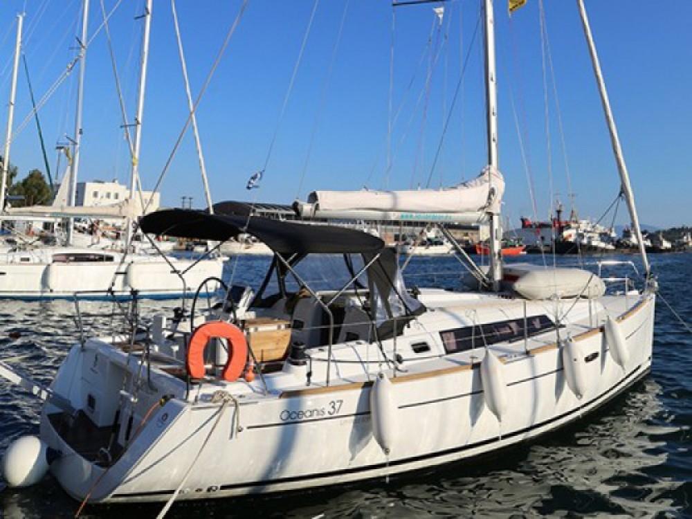 Location yacht à Skópelos - Bénéteau Oceanis 37 sur SamBoat