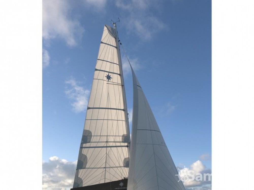 Louer Voilier avec ou sans skipper Jeanneau à Volos