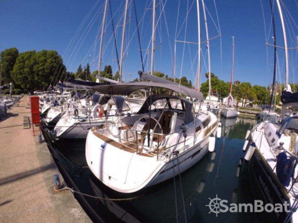 Location Voilier à Marina Zadar - Bavaria Cruiser 37