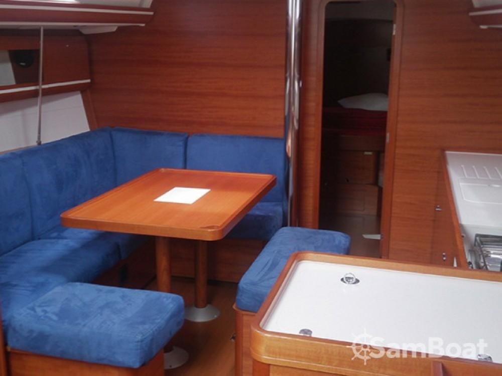 Location bateau Dufour Dufour 405 à Pula sur Samboat
