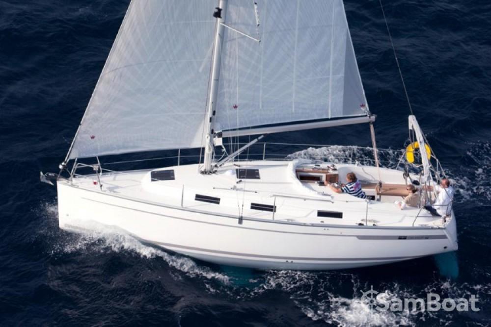 Louez un Bavaria Cruiser 32 à ACI Marina Trogir