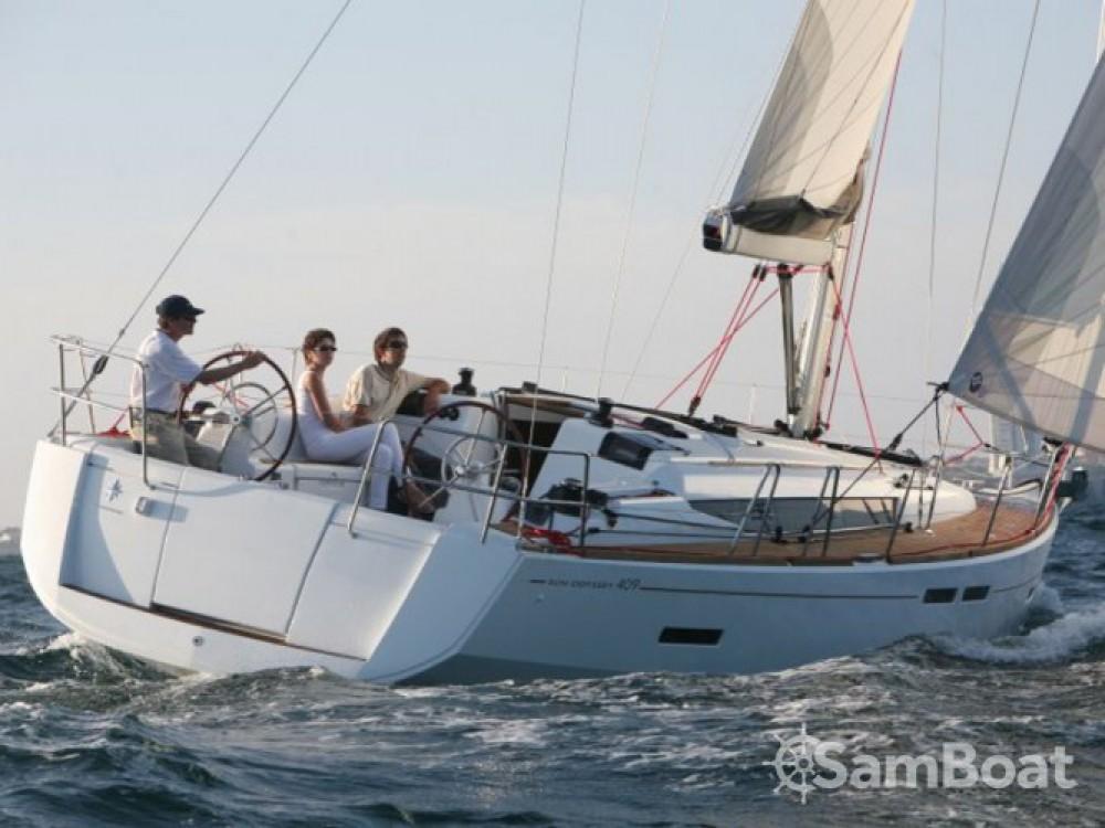 Jeanneau Sun Odyssey 409 entre particuliers et professionnel à Marina Kaštela