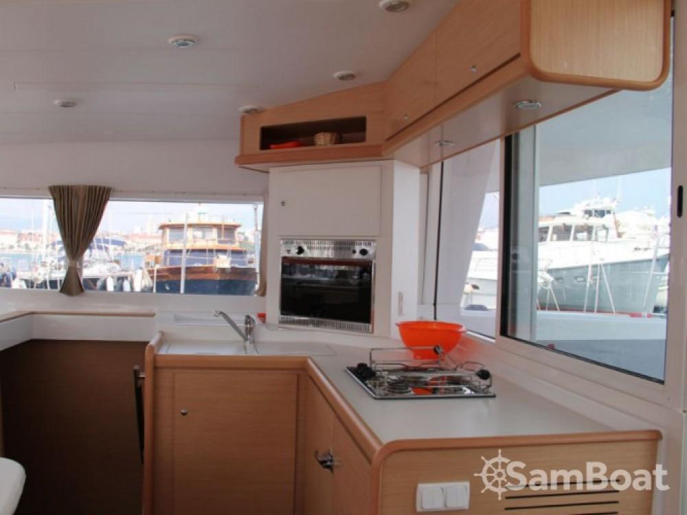 Noleggio barche ACI Marina Split economico Lagoon 400