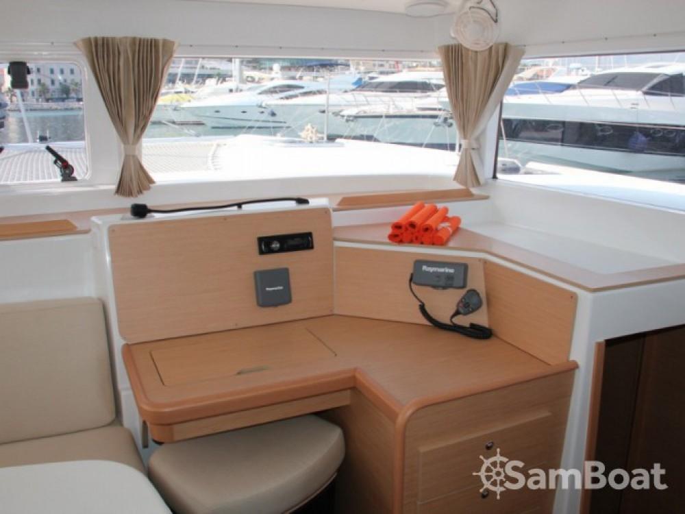 Noleggio barche Lagoon Lagoon 400 ACI Marina Split su Samboat
