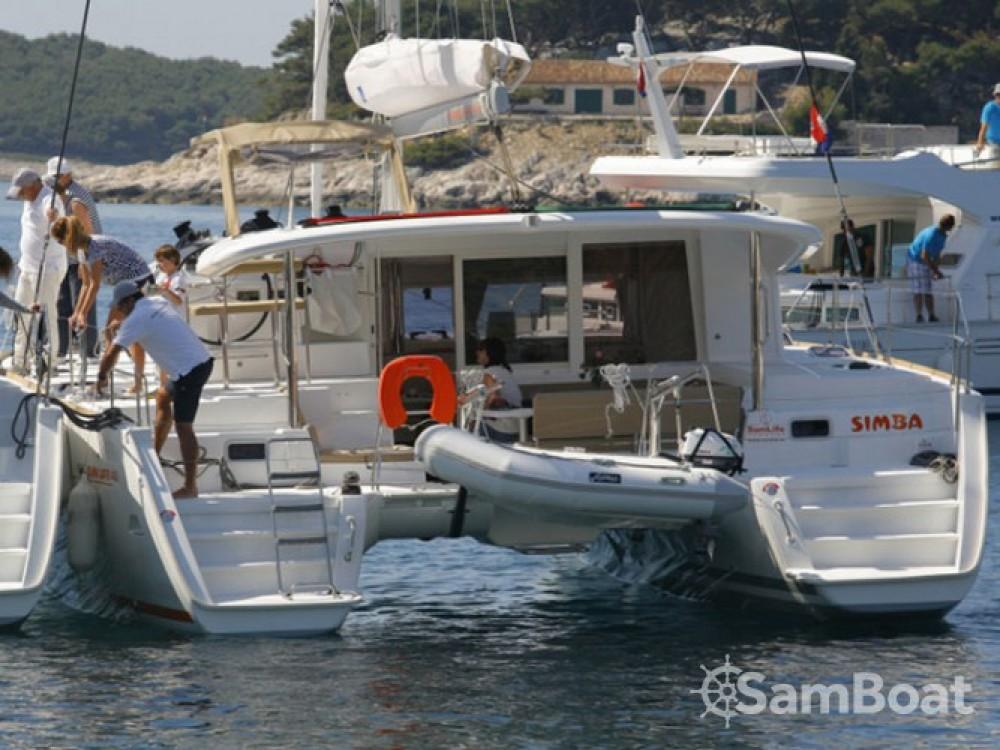 Louer Catamaran avec ou sans skipper Lagoon à ACI Marina Split
