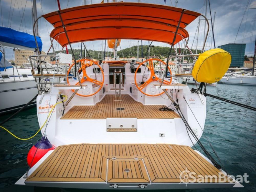 Location bateau Elan Elan 40 à ACI Marina Split sur Samboat