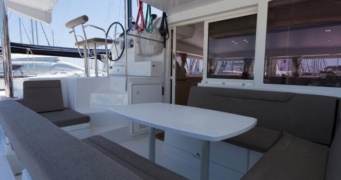 Lagoon Lagoon 400 S2 entre particuliers et professionnel à ACI Marina Split