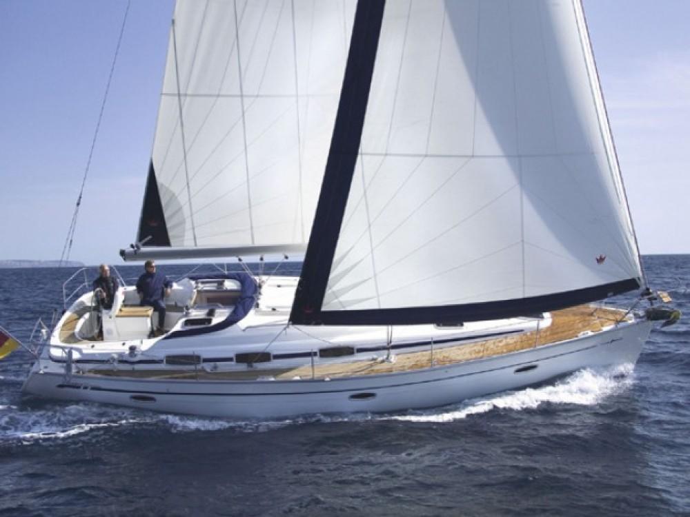Location bateau Bavaria Bavaria 39 Cruiser à ACI marina Vodice sur Samboat