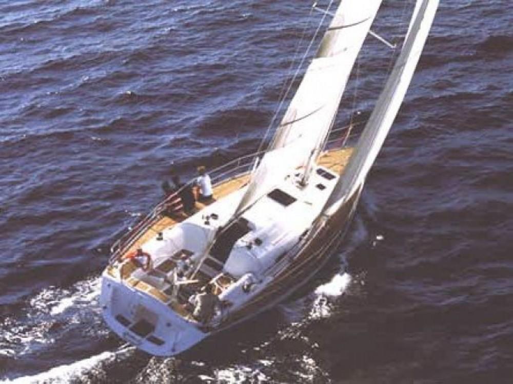 Elan Elan 431 entre particuliers et professionnel à ACI marina Vodice