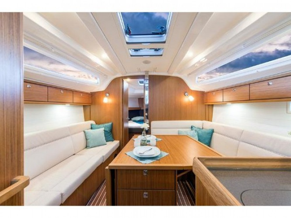 Location Voilier à Leucade - Bavaria Cruiser 37