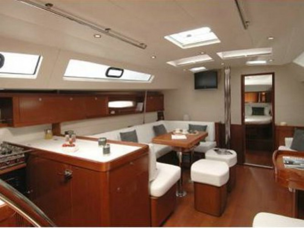 Location bateau Palma de Majorque pas cher Oceanis 50 Family
