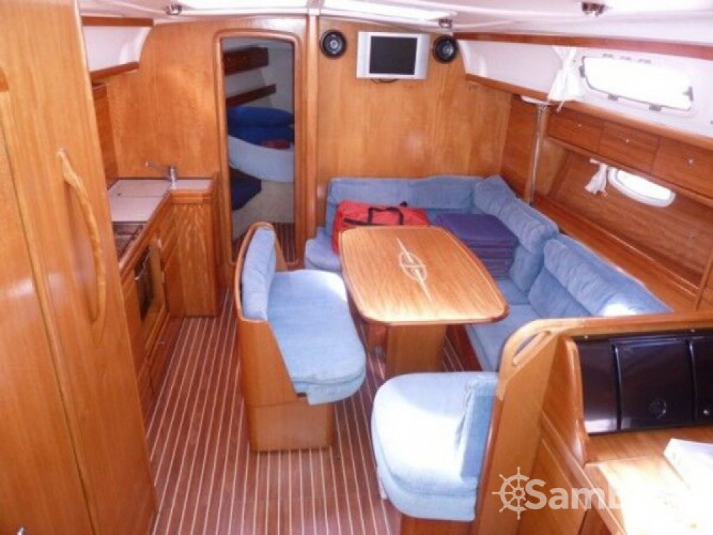 Bavaria Bavaria 39 Cruiser entre particuliers et professionnel à Marina Naviera Balear
