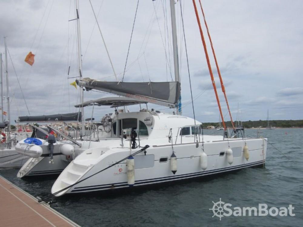 Location bateau Lagoon Lagoon 380 à Marina Naviera Balear sur Samboat