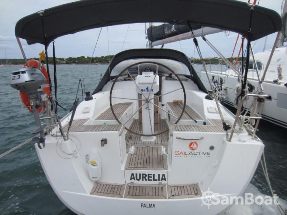 Hanse Hanse 325 entre particuliers et professionnel à Marina Naviera Balear